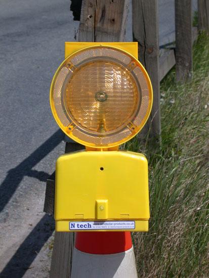 Nt90s Solar Powered Hazard Warning Light Ntech Renewables Eu